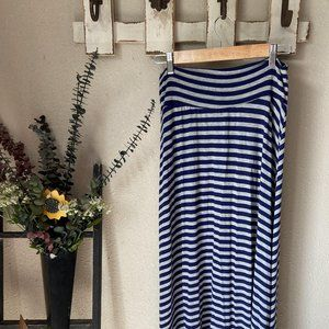 2 for $15 A. Byer Grey and Navy Maxi Skirt Sz M
